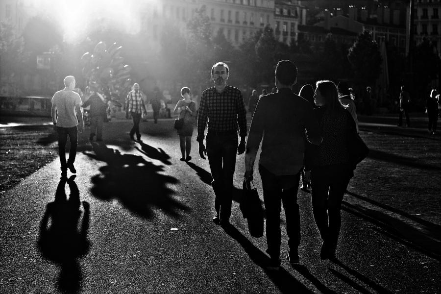 En marche vers la lumière 2 2014102002